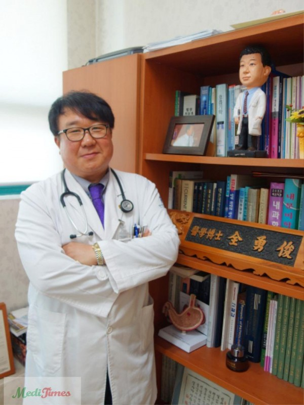 다사랑중앙병원 내과 전용준 의학박사.JPG