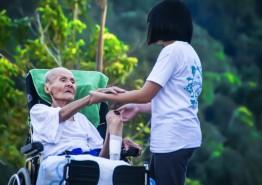 생 마지막 2년, 요양시설서 보내는 노인 병원비 5000만 원